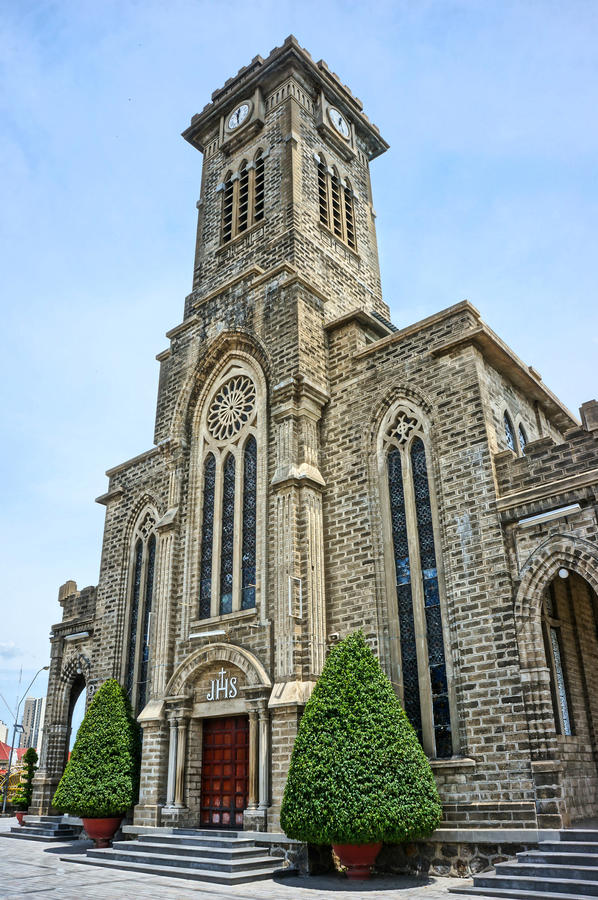 Église en pierre, cathédrale antique, trang de nha, Vietnam photographie stock