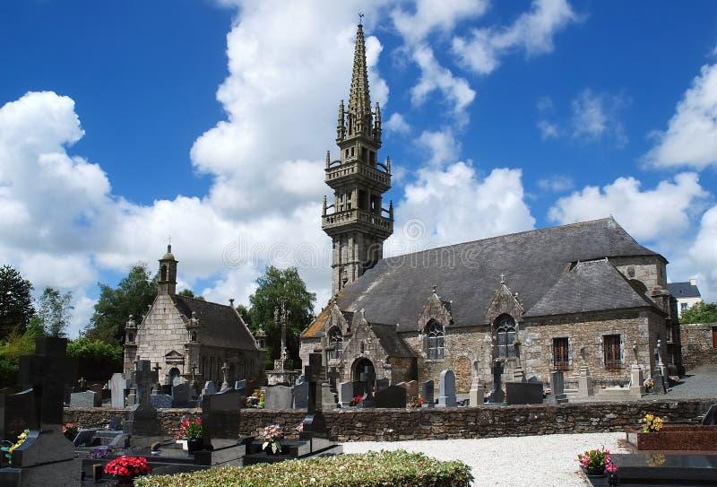 Église en pierre dans Brittany images libres de droits