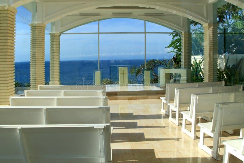 Église en verre de mariage photo libre de droits