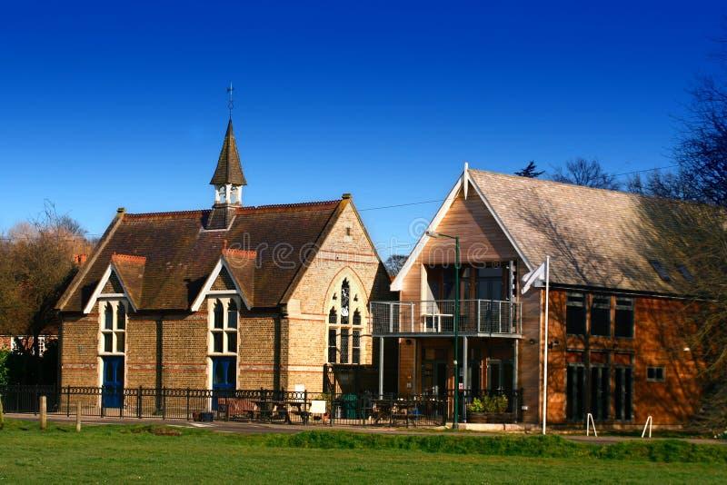 Download Église et pavillion. photo stock. Image du conception - 2147070