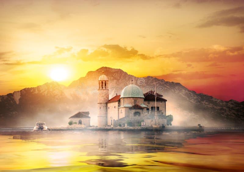 Église et phare photos libres de droits
