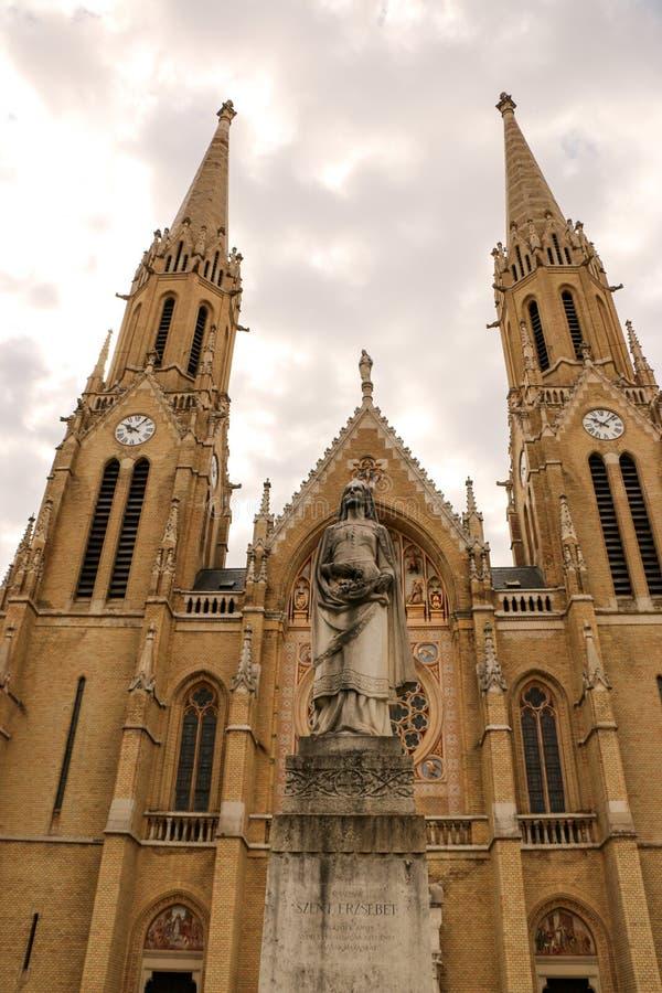 Église gothique de style de Budapest, Hongrie de St Elizabeth images libres de droits