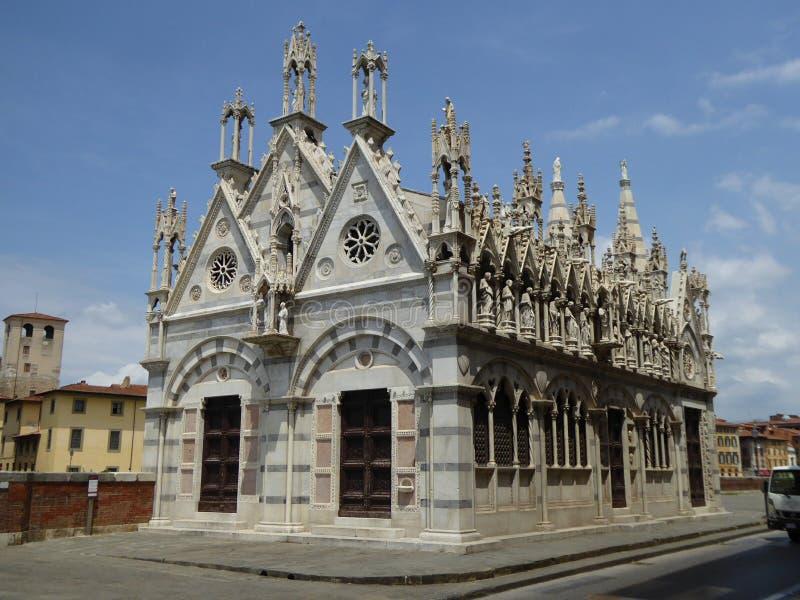 Église gothique, Pise, Italie photographie stock libre de droits