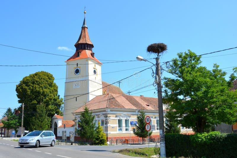 Église médiévale enrichie dans la DBO de village, la Transylvanie photos libres de droits