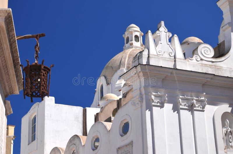 Église majestueuse sur l'île de Capri, Italie photographie stock