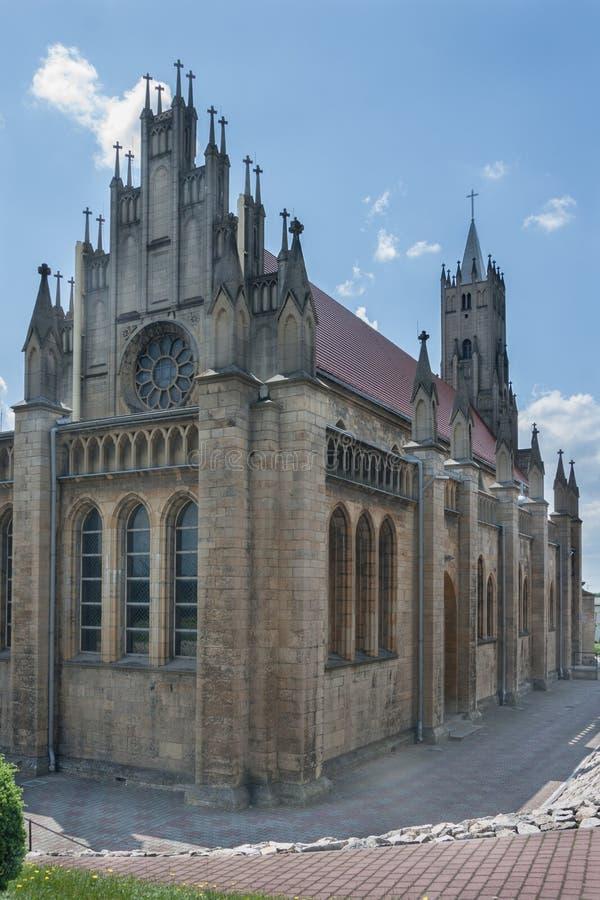Église néogothique catholique consacrée à notre Madame du Scapular dans Imielin photos libres de droits