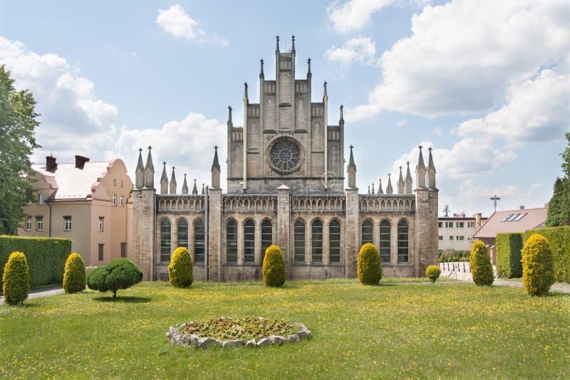 Église néogothique catholique consacrée à notre Madame du Scapular dans Imielin photographie stock libre de droits