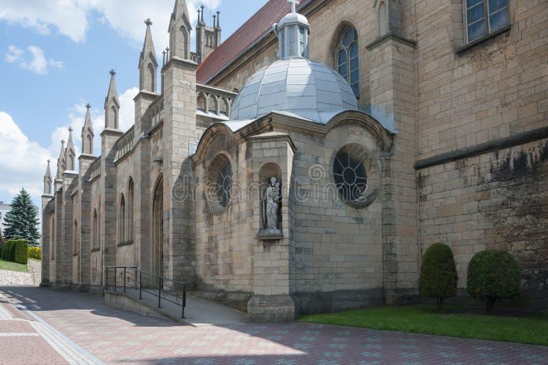Église néogothique catholique consacrée à notre Madame du Scapular dans Imielin photo libre de droits