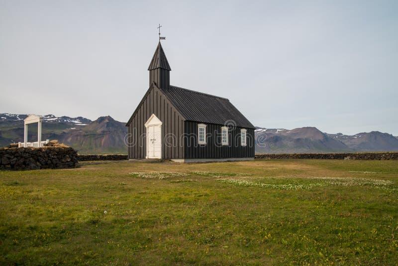 Église noire traditionnelle en Islande photo libre de droits