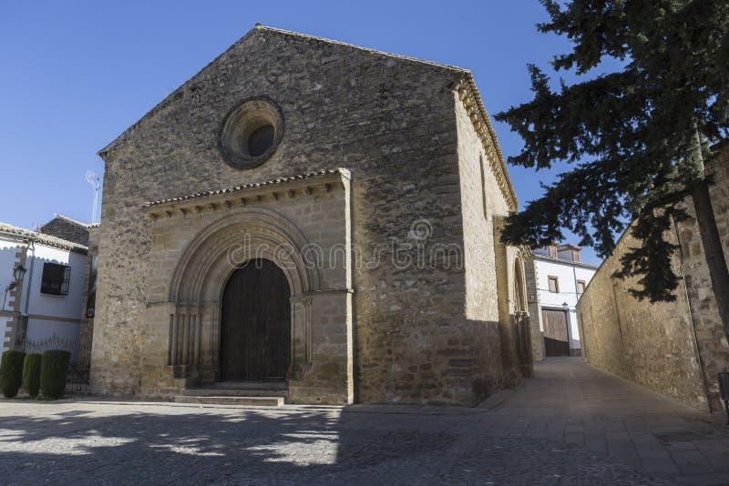 Église romane de Santa Cruz, Baeza, province de Jaen, Andalu photos stock
