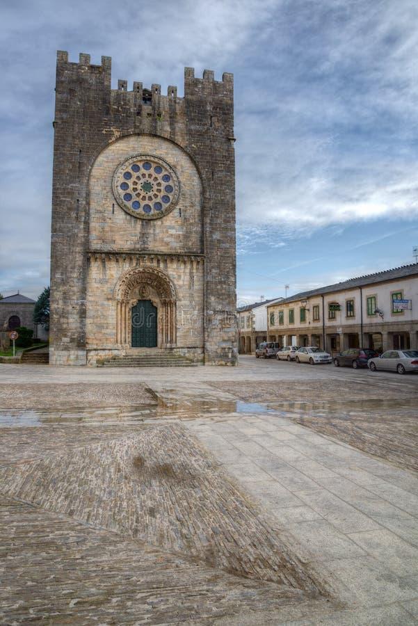 Église Romanic de Portomarin photo stock