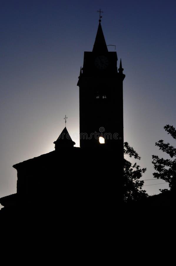 Église silhouettée chez Monforte photographie stock