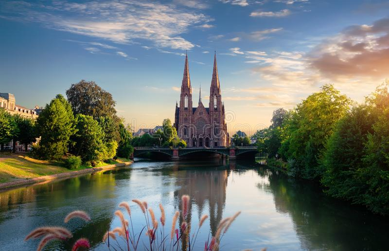 église Strasbourg photo libre de droits