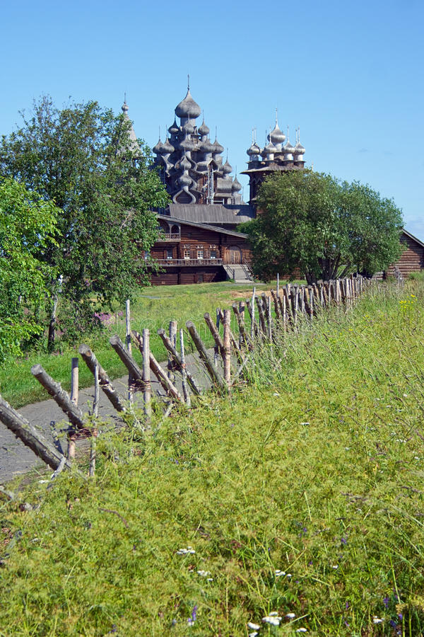 Églises en bois sur l'île Kizhi photos libres de droits