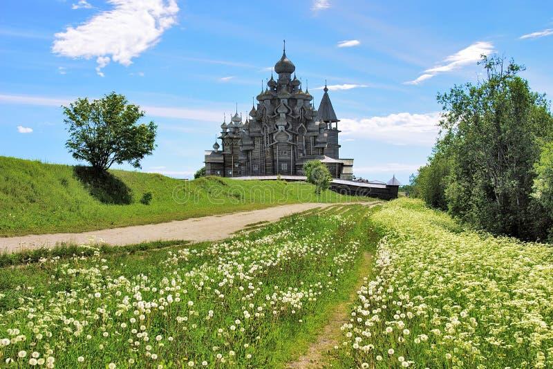 Églises en bois sur l'île Kizhi images libres de droits