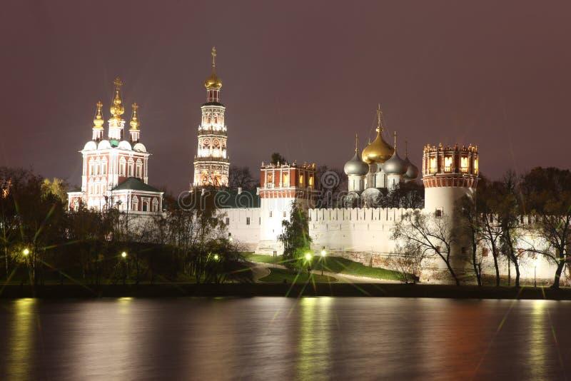 Églises orthodoxes russes dans le monaster de couvent de Novodevichy photo stock