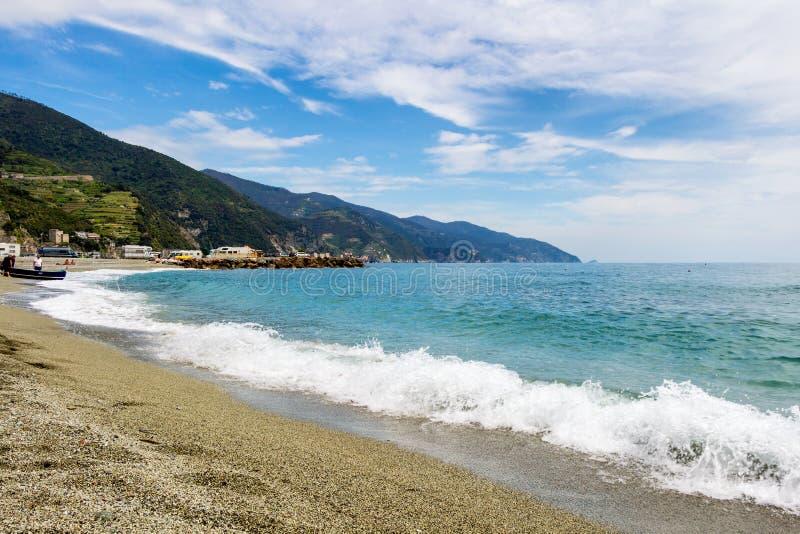 Égua do al de Monterosso, uma vila litoral e recurso em Cinque Terre imagens de stock royalty free