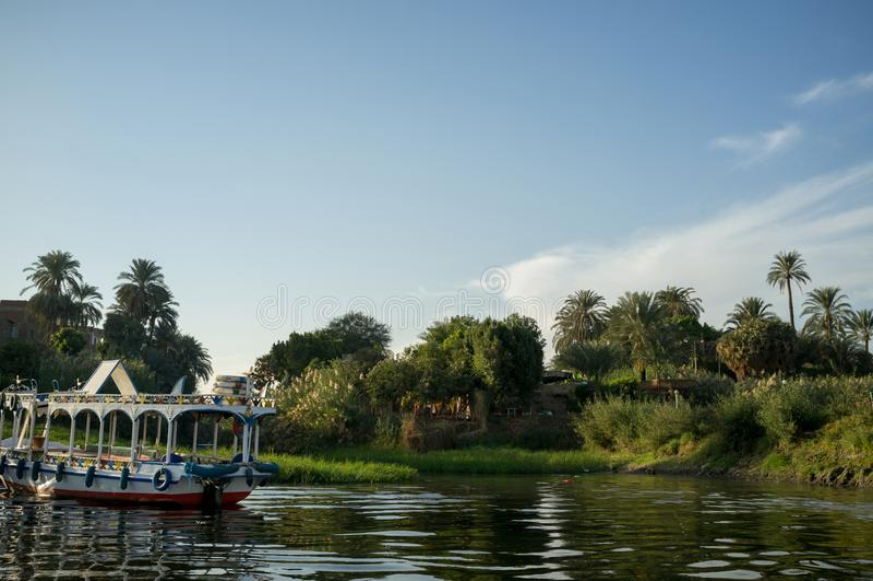 Égypte Bateau chez le Nil à Louxor image stock
