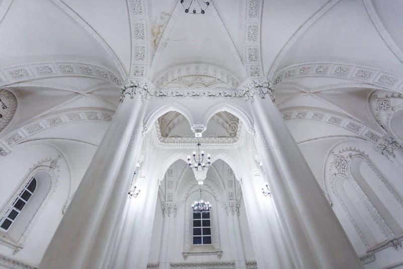 Éléments éclectiques de l'intérieur d'une grande synagogue juive chorale photo libre de droits