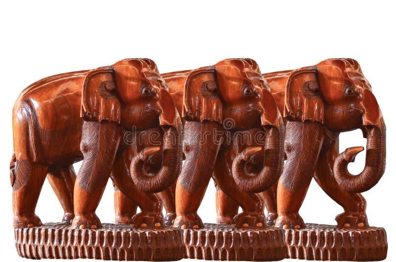 Éléphant fabriqué à la main en bois d'isolement photo libre de droits
