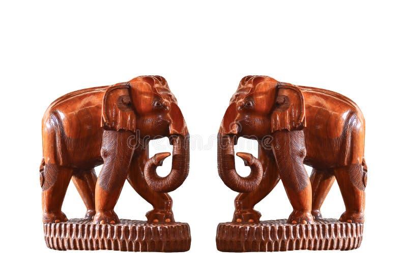 Éléphant fabriqué à la main en bois d'isolement photos libres de droits