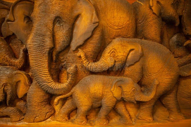 Éléphant thaï découpé images libres de droits