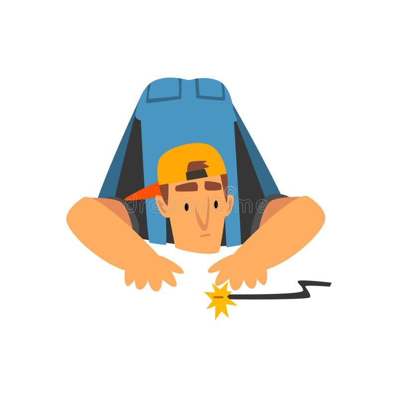 Électricien professionnel Repairing Electrical Wire, caractère électrique d'homme dans des de façon générale bleus à l'illustrati illustration stock