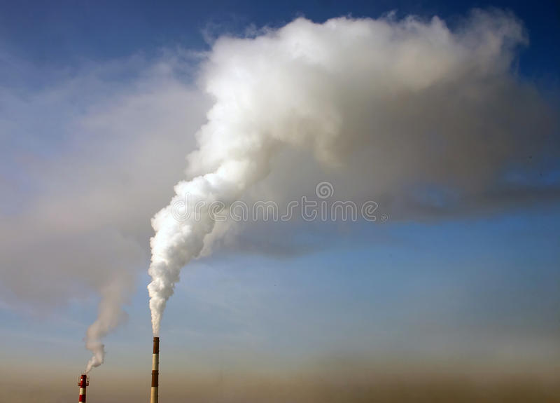 Émission atmosphérique industrielle photos libres de droits