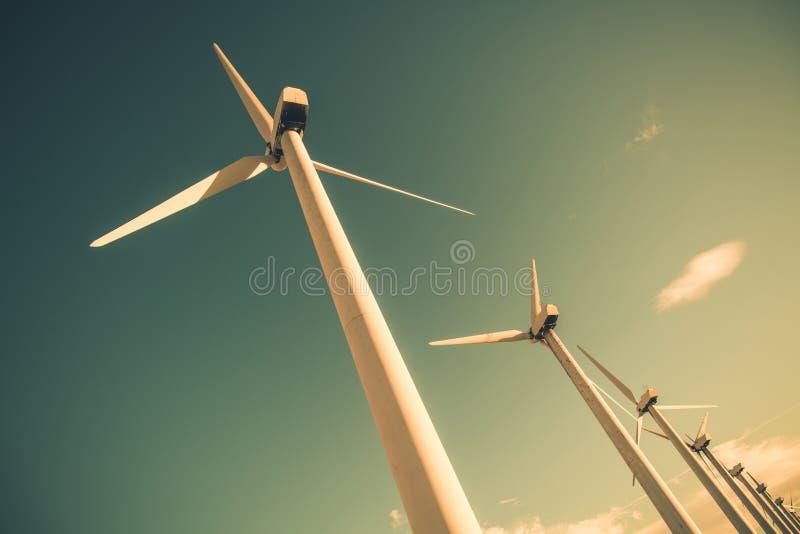 Énergie éolienne renouvelable photos stock
