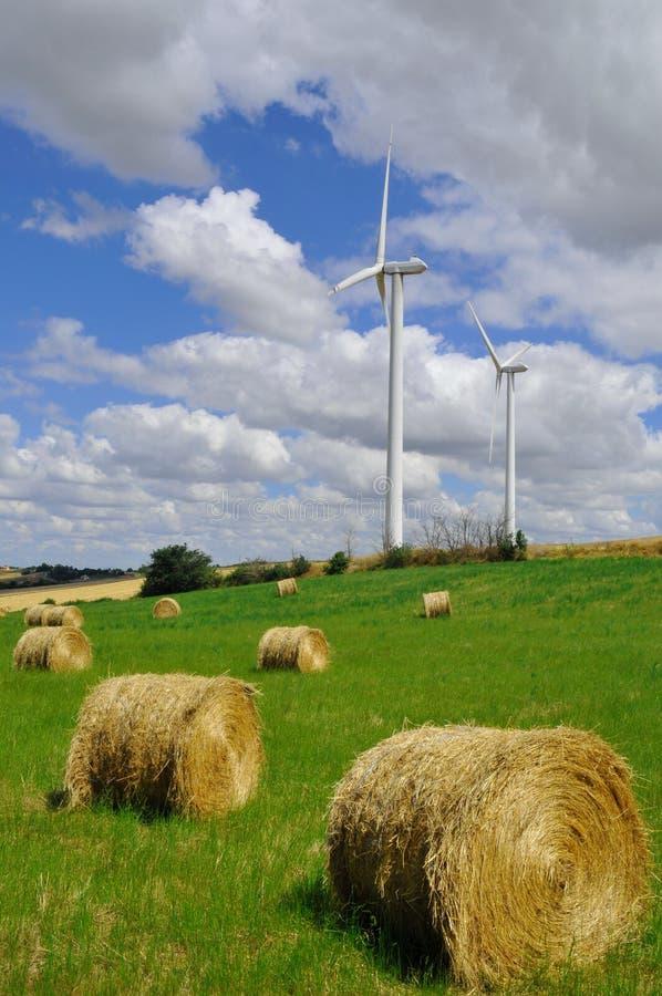 Énergie dans la campagne photos stock