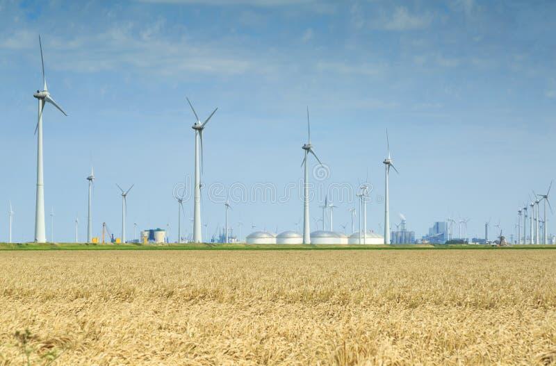 Énergie et industrie de vent photo libre de droits