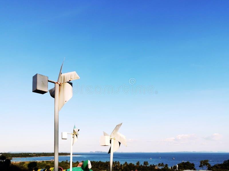 Énergie propre et énergie renouvelable photos stock