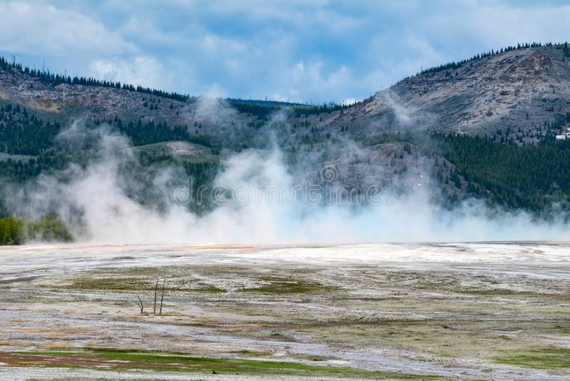 Énergie thermique au parc national Wyoming de yellowstone image stock