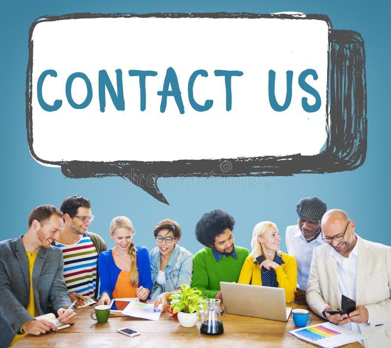 Éntrenos en contacto con concepto del cuidado del cliente del servicio informativo de la línea directa fotos de archivo