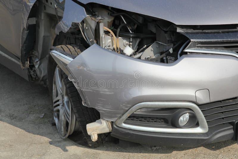 Épave brisée de voiture photographie stock