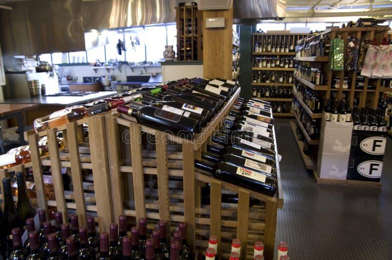 Épicerie d'alcool de vin photo stock