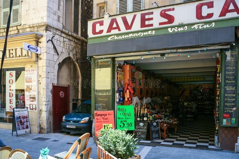 Épicerie locale dans la vieille ville de Nice photos stock