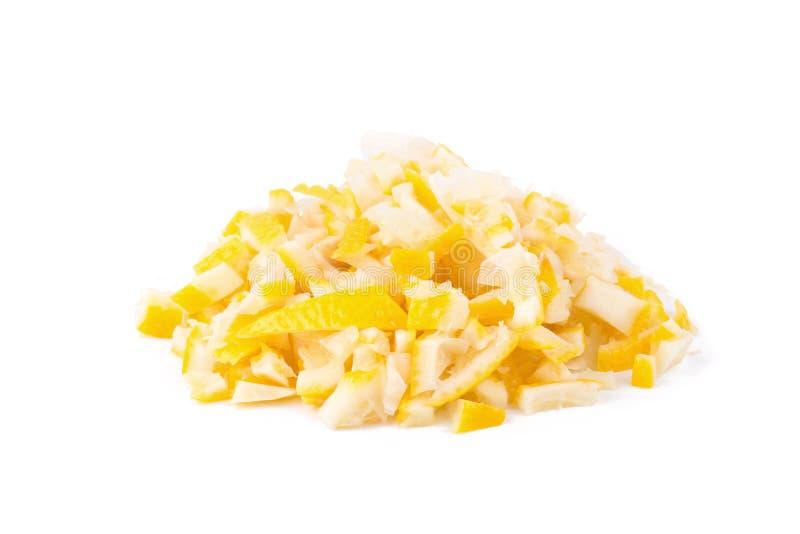 épluchez le zeste de citron coupé d'isolement sur un fond blanc photo stock