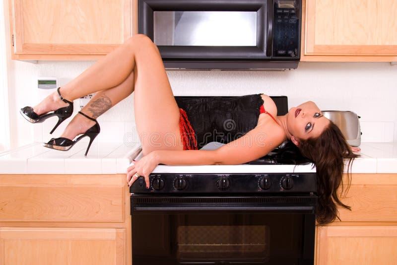Épouse sexy de maison. photographie stock