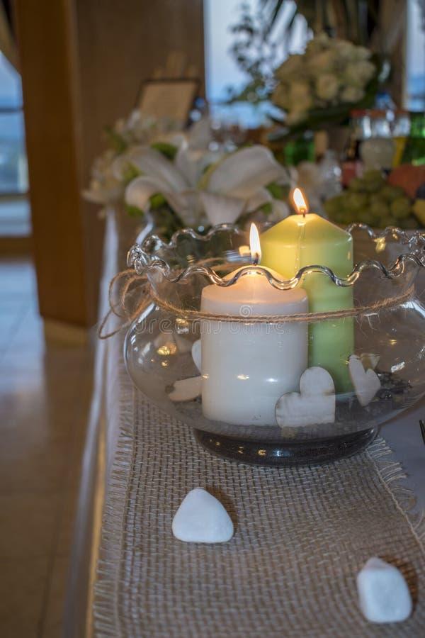 Épouser la table décorée photos stock