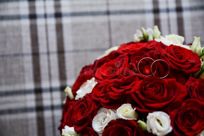 Épouser le bouquet des fleurs, thème de mariage, symbolique des histoires d'amour images libres de droits