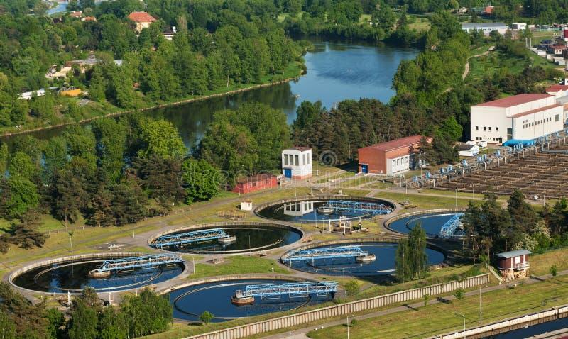 Épurateur de l'eau photographie stock libre de droits
