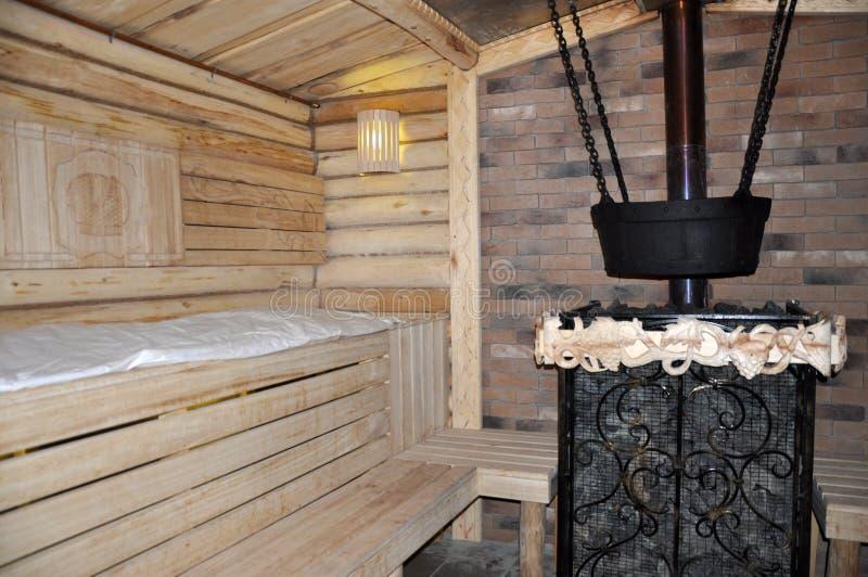 Équilibre en bois de bain russe dans la couleur crème photographie stock