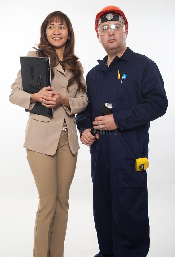 Équipe attirante de travailleur de la construction photographie stock libre de droits