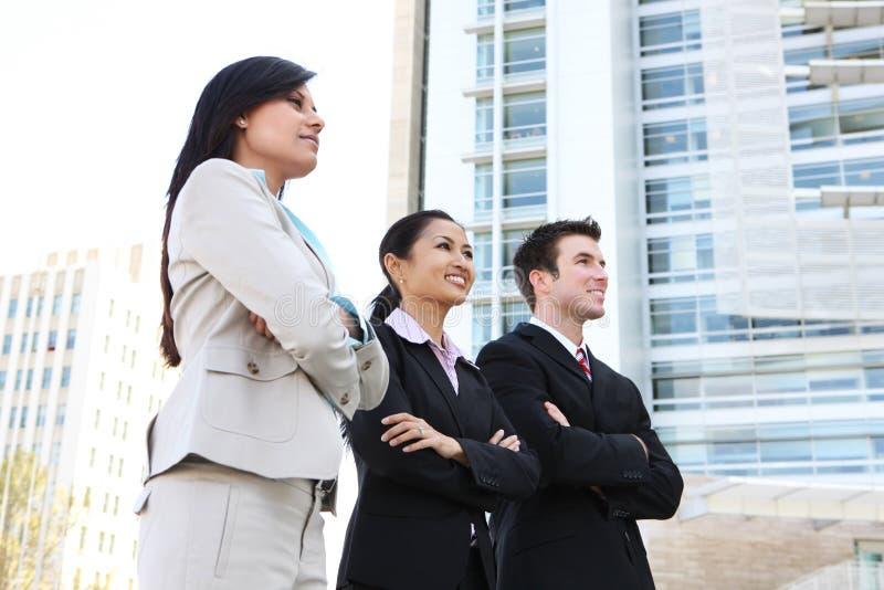 Équipe attirante diverse d'affaires image libre de droits