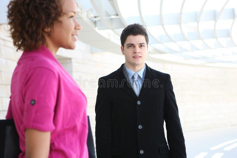 Équipe d'affaires au bureau image stock