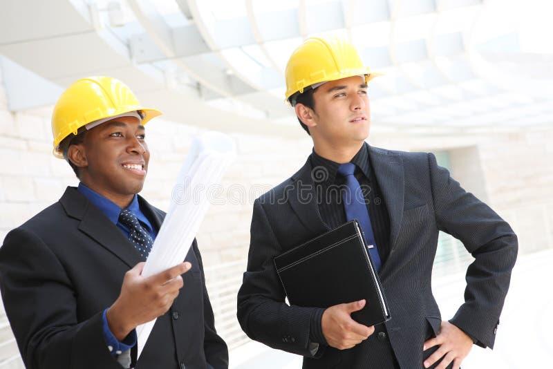 Équipe d'affaires au chantier de construction de bureau image libre de droits