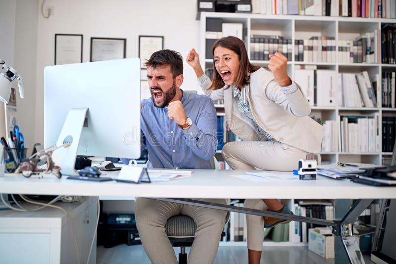 Équipe d'hommes d'affaires - travail d'équipe, concept de succès image libre de droits