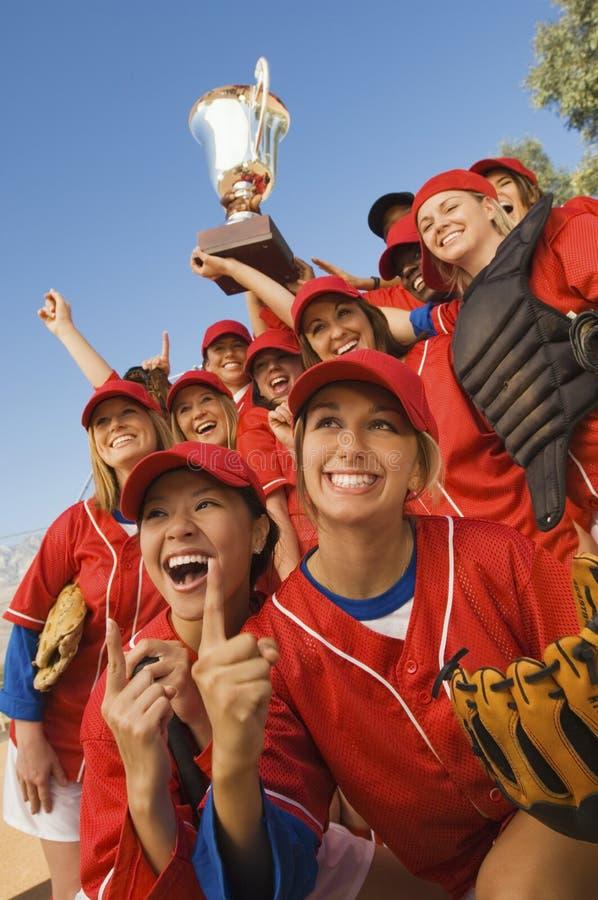 Équipe de baseball féminine de gain image stock