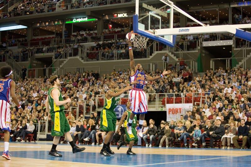 Équipe de basket de Globetrotters de Harlem dans un objet exposé photographie stock libre de droits